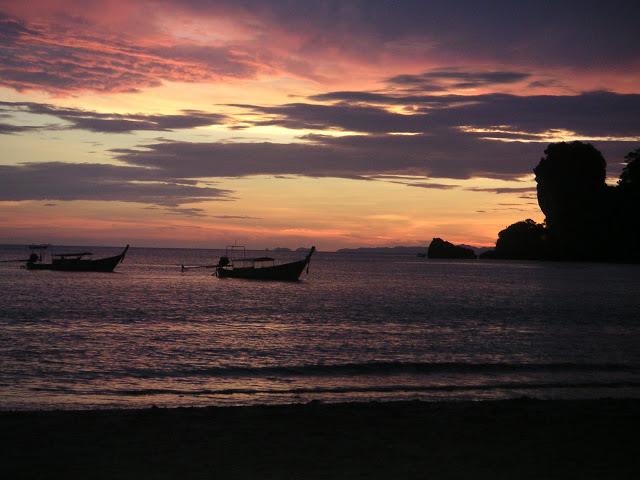 Coucher de soleil à Tonsaï