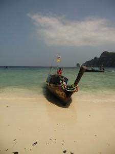 yaya et son bateau